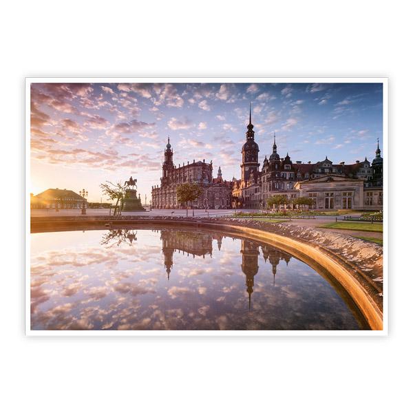 Ansichtskarte Dresden - Dresdner Theaterplatz mit Spiegelung - VPE - 50 Stück